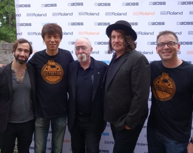 """L-R: James Hatem, Roland A/R representative; Yoshi Ikegami, President, BOSS Corporation; artist Jeff """"Skunk"""" Baxter; Julian Raymond, Senior Vice President of A&R and Staff Producer at Big Machine/John Varvatos Records; and Brian Alli, Roland's Vice President of Global Influencer Relations."""
